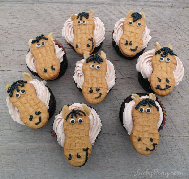 collection of horse cupcakes